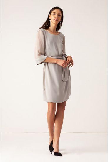 Sukienka z transparentnymi rękawami i paskiem