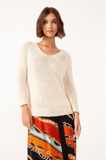 Sweter o nieregularnym ściegu