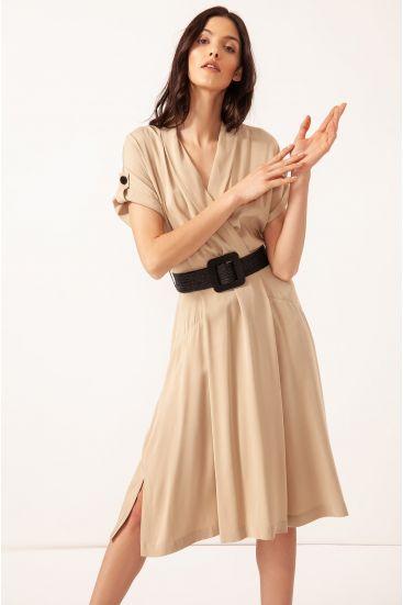 Kopertowa sukienka z rozcięciami
