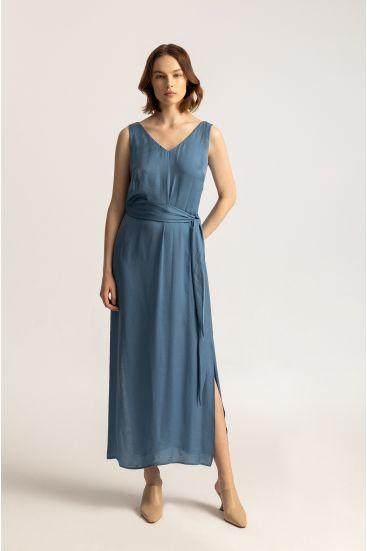 Satynowa sukienka z wiązaniem