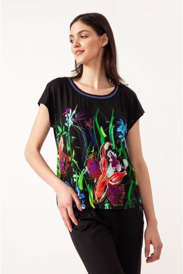 T-shirt z printem i lamówką