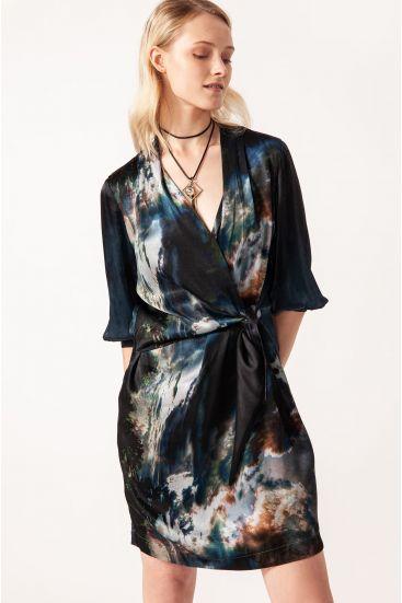 Sukienka mini z satyny