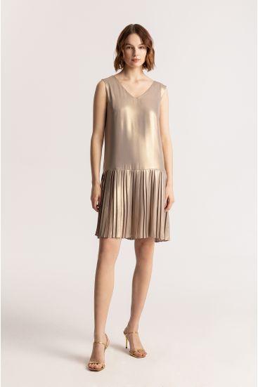Sukienka o obniżonej talii
