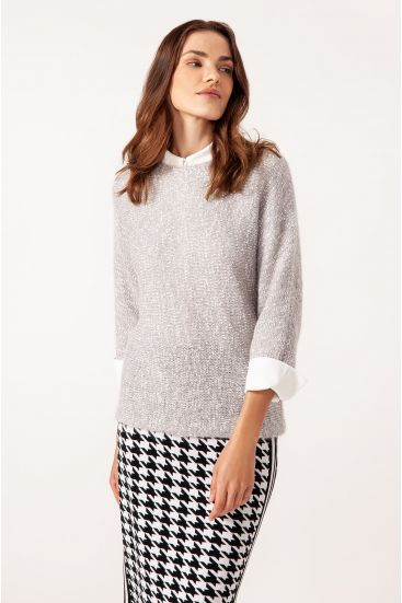 Sweter z błyszczącą nicią