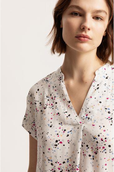 Bluzka ze wzorem lastriko