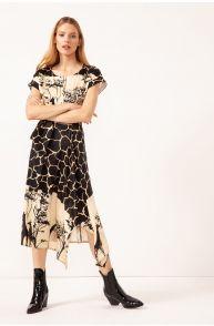 Asymetryczna sukienka z paskiem