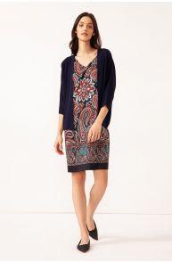 Sukienka z wzorem paisley i dekoltem v