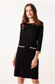 Sukienka o dopasowanym kroju