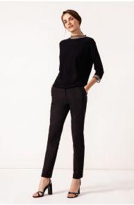 Spodnie o dopasowanym kroju