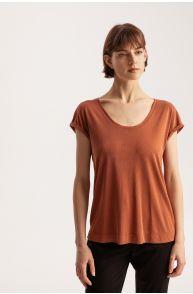 T-shirt z modalu